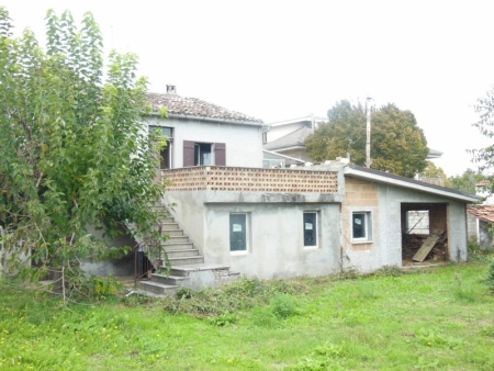 Fabbricato e Terreno Villa Badessa